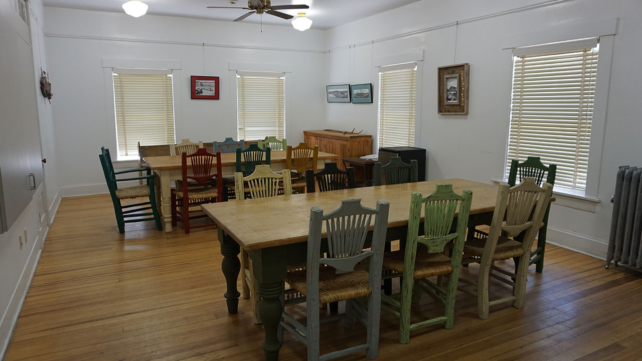 Lodge Group Room